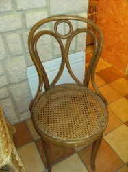 Chaise Thonet ailes d'ange